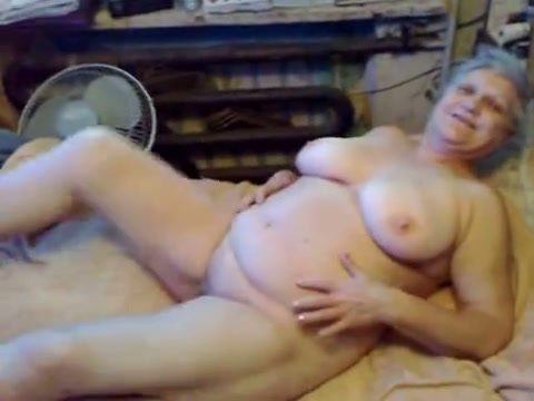 Watching a little girl nude