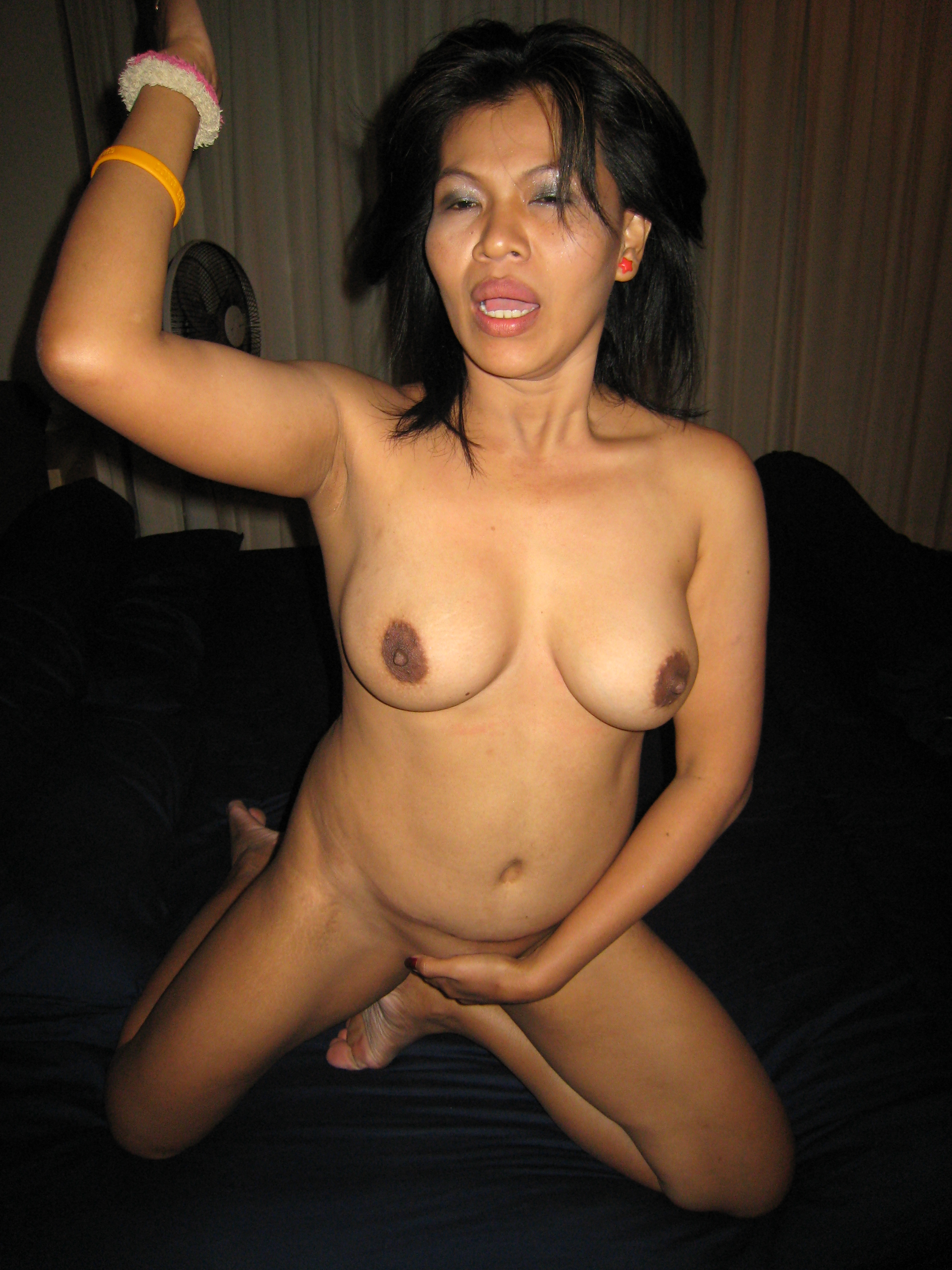 Mature women stretched out pussy