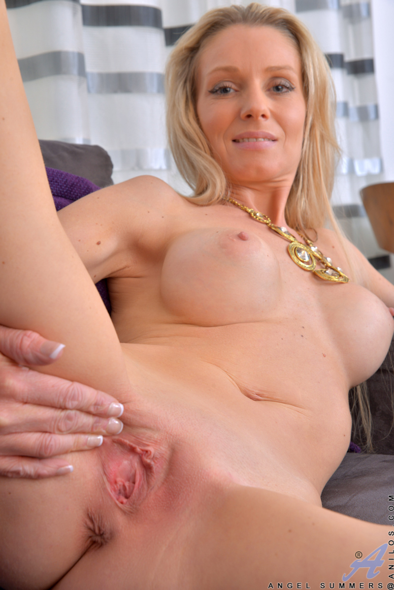 Pussy gallery mom Old Pussy