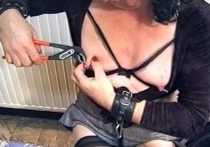 Arabic woman ass fucked