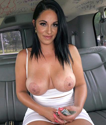 Girl eating girl nudes
