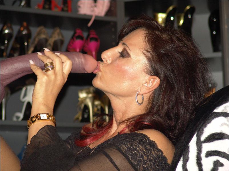 Lady barbara ewa nylon str mpfe free sex pics