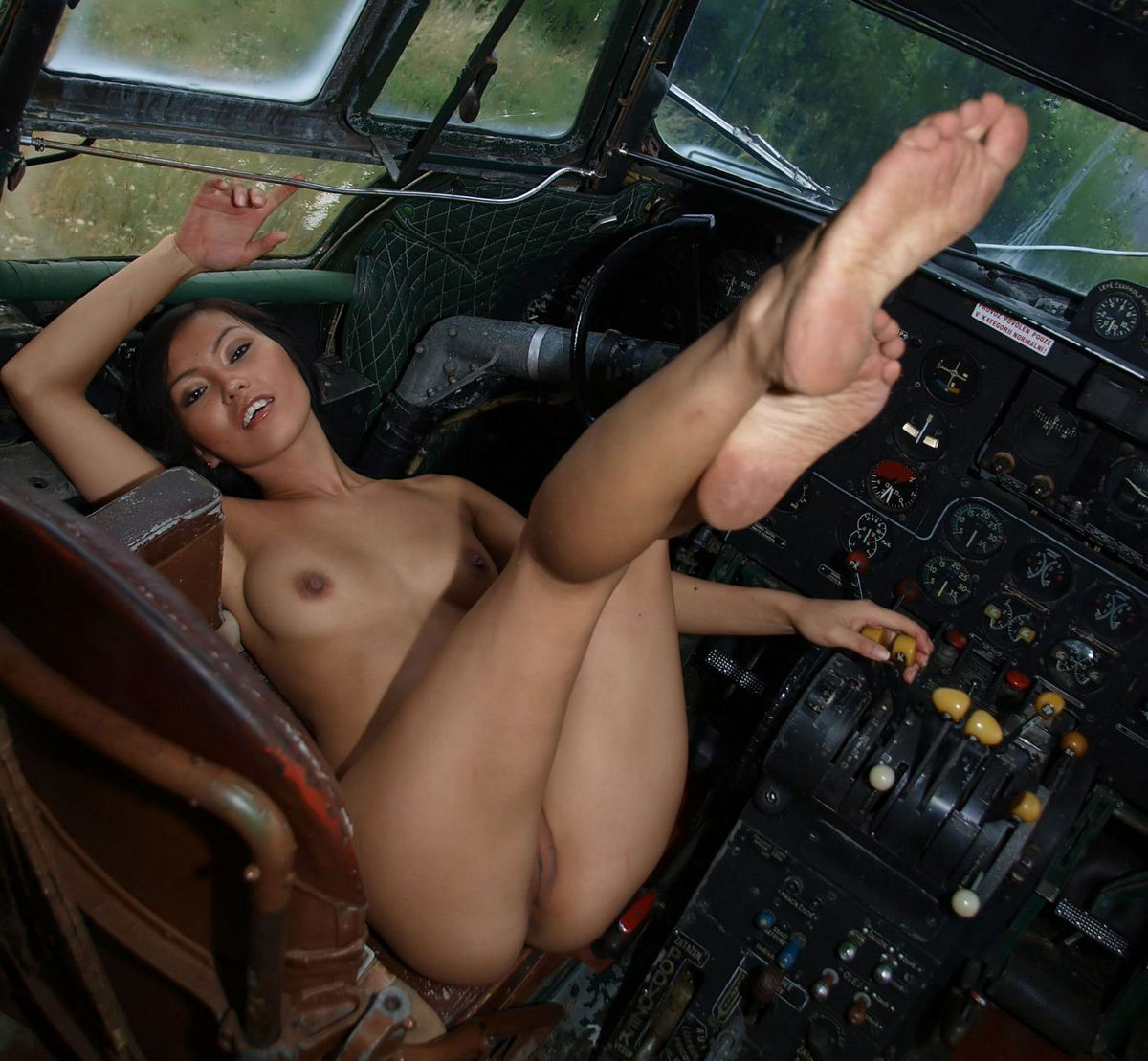 Unforgettable Sex In An Airplane With Claire