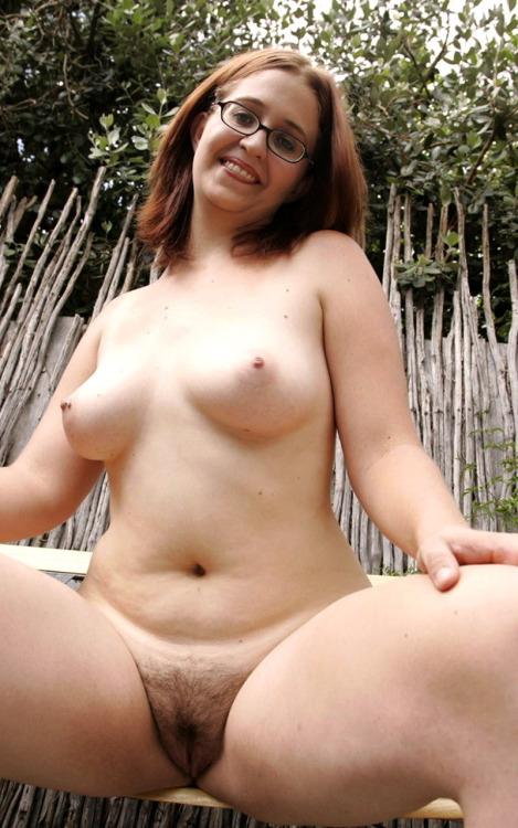Amature naked girls selfies