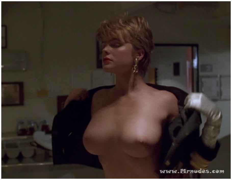Beautiful women naked blow job